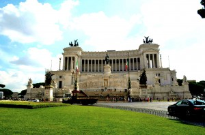 Споменик Виктору Емануелу, Рим